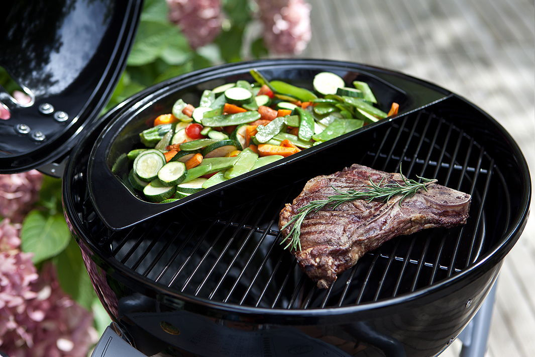 outdoorchef gas grill ambri 480 g ruby kugelgrill art jardin. Black Bedroom Furniture Sets. Home Design Ideas