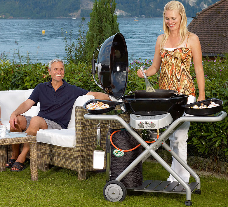 outdoorchef grill montreux 570 gas kugelgrill 1812709 art jardin. Black Bedroom Furniture Sets. Home Design Ideas
