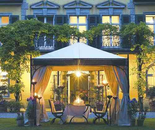 pavillons art jardin. Black Bedroom Furniture Sets. Home Design Ideas