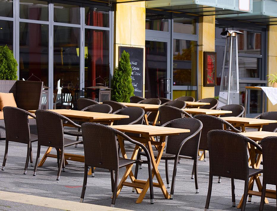 zebra klapptisch poker 10 gr en teakholz gartenm bel art jardin. Black Bedroom Furniture Sets. Home Design Ideas
