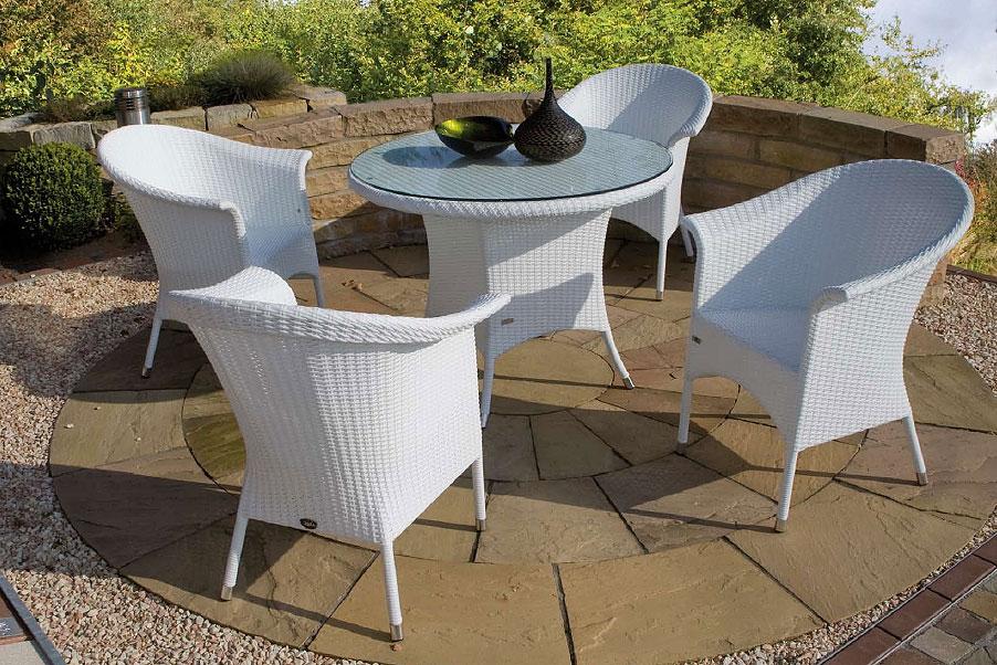 zebra tisch rund 90 mary esstisch alu polyrattan glas art jardin. Black Bedroom Furniture Sets. Home Design Ideas