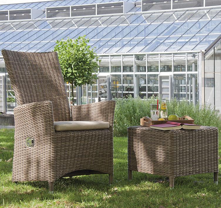 sonnenpartner hocker beistelltisch solares polyrattan artjardin. Black Bedroom Furniture Sets. Home Design Ideas