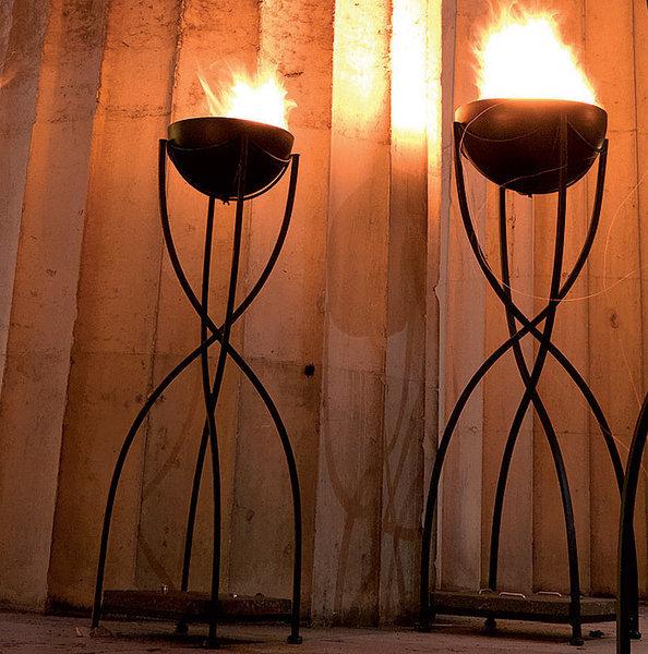 Ständer für feuerschale  Pflanzständer  design